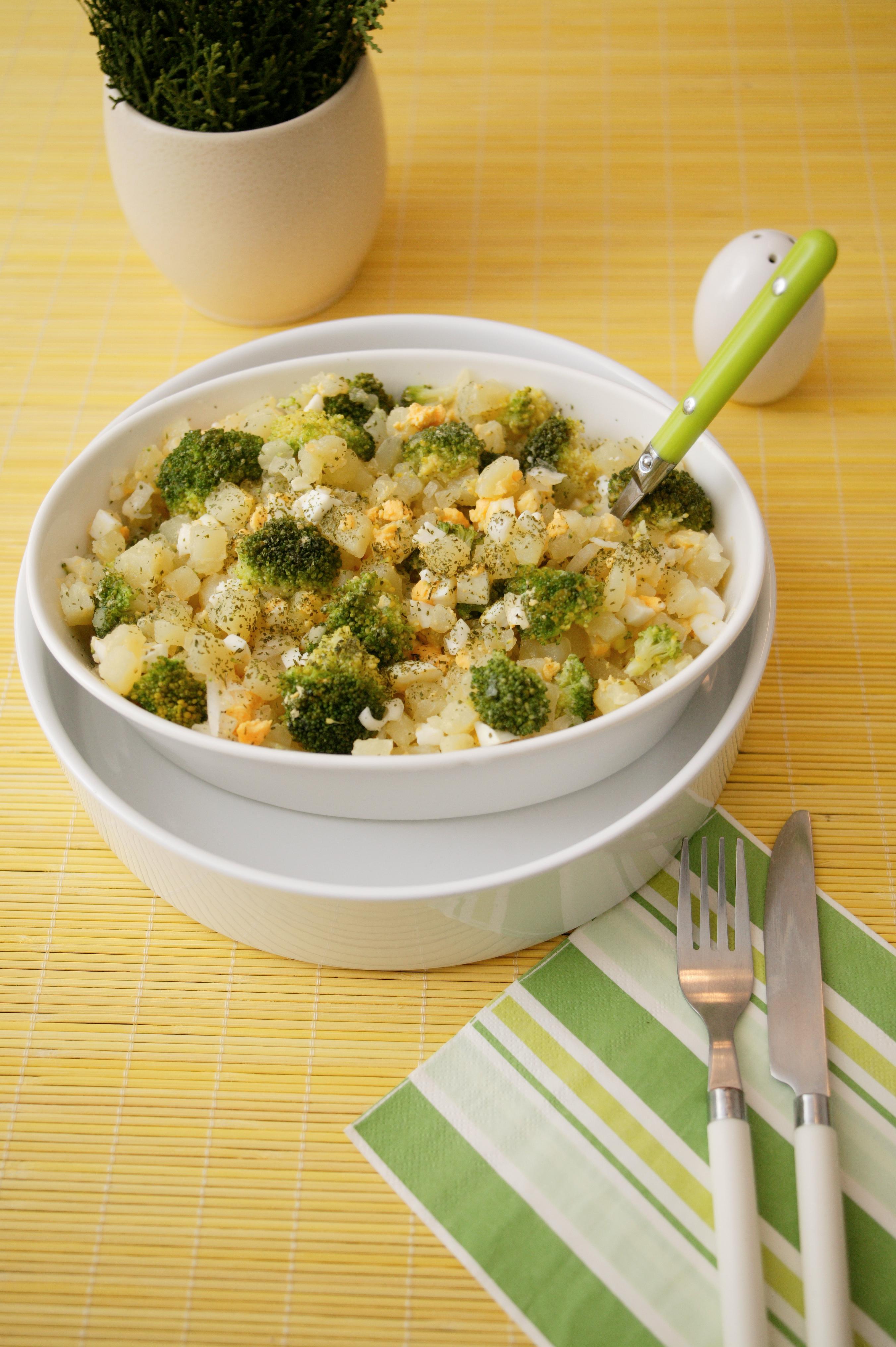 Krompir salata sa brokolijem i jajima