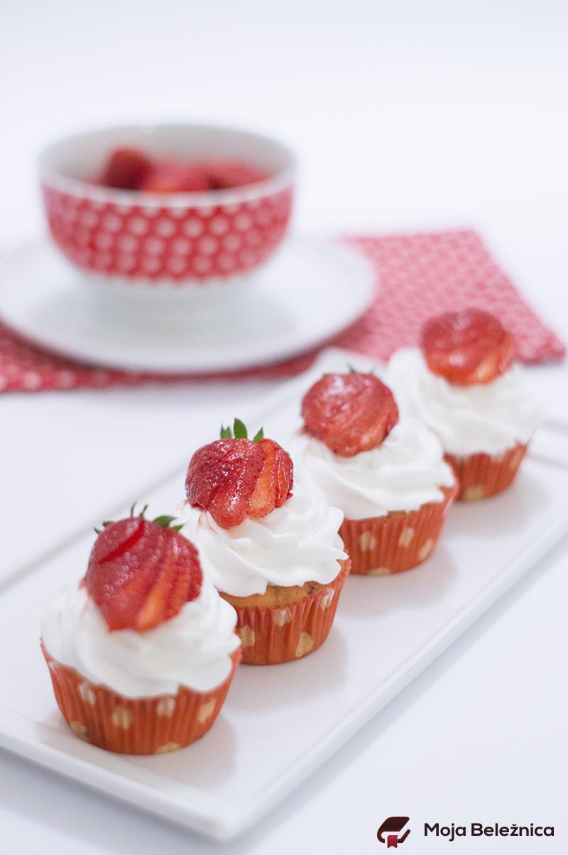 Jagodičasti cupcakes