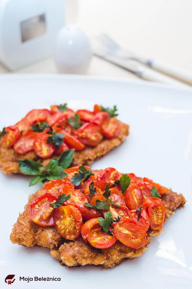 Hrskava piletina sa čeri paradajzom